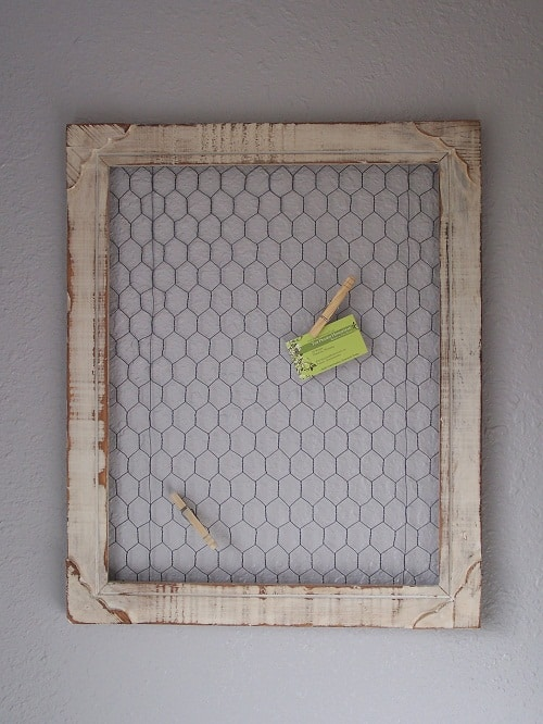 Homestead Decor: DIY Chicken Wire Frame • The Prairie ...