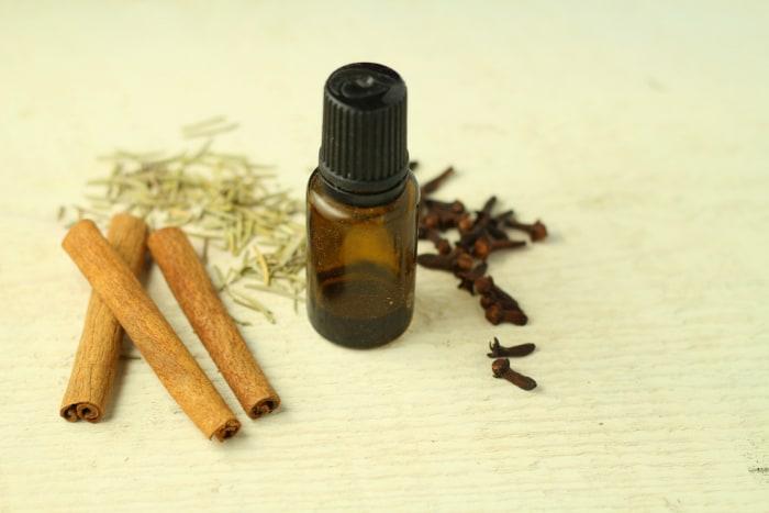 Домашняя защитная смесь эфирного масла Thievesplain