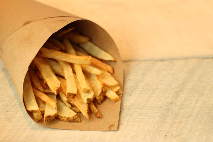 how to make sweet potato fries crispy in deep fryer
