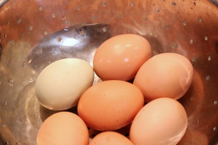 easy peel fresh hard boiled eggs