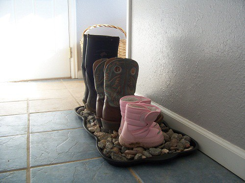 rock boot tray