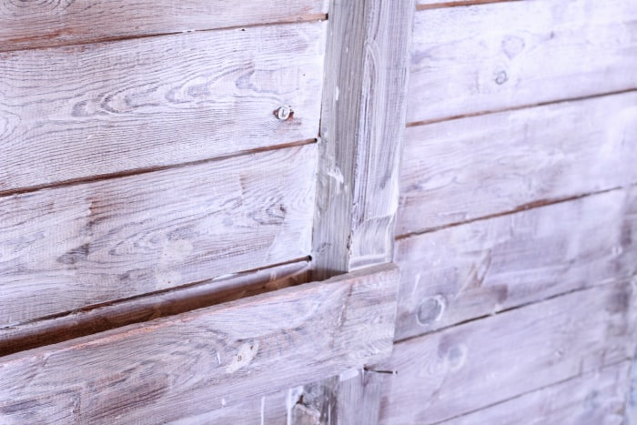 How to Whitewash Your Barn and Coop: It turns white as it dries!