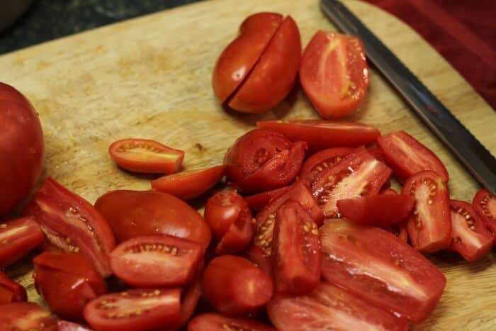Freezing Tomatoes: chopping them