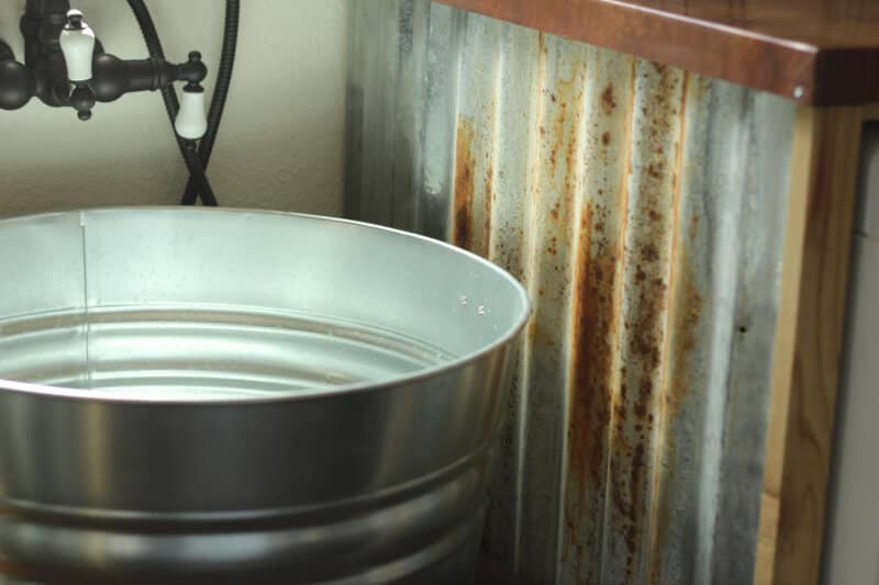 Laundry Wash Tub : DIY Galvanized Tub Sink ? The Prairie Homestead