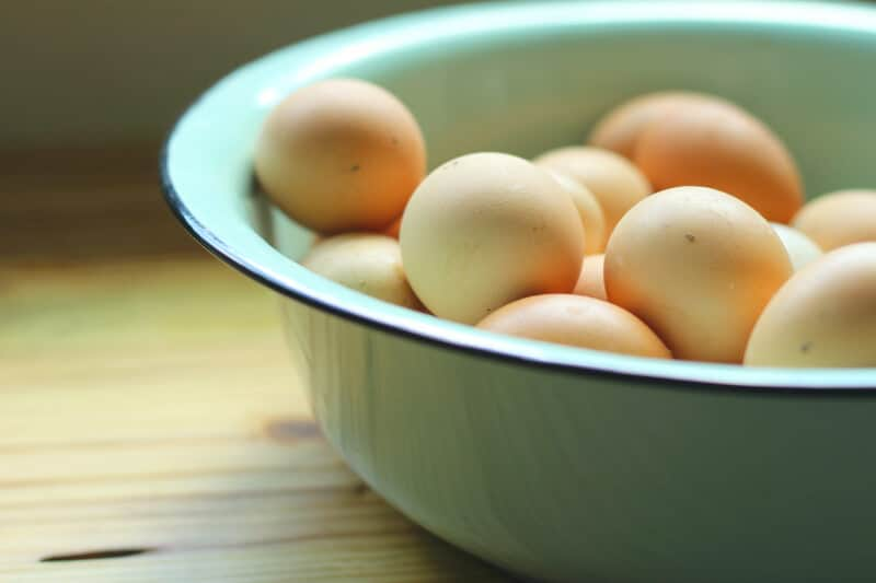 should you refrigerate eggs?