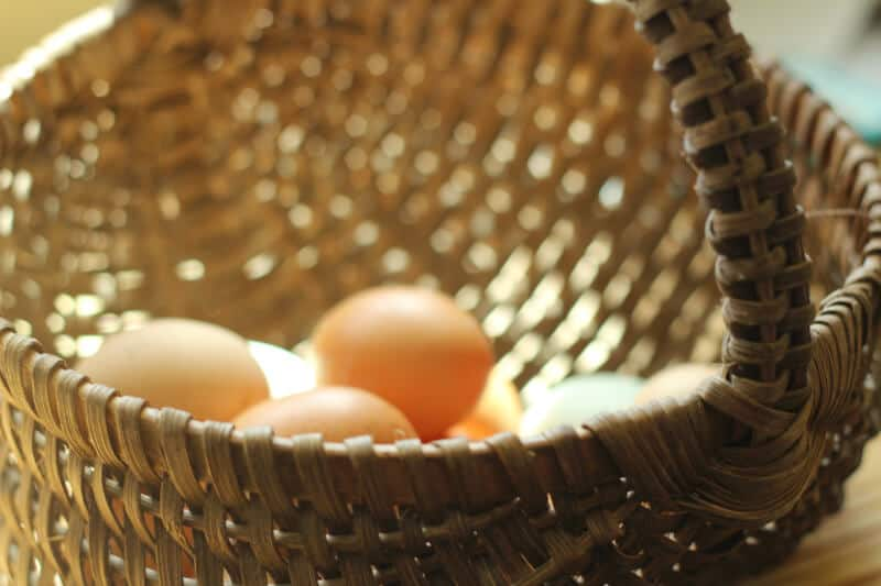 how to store eggs at room temperature