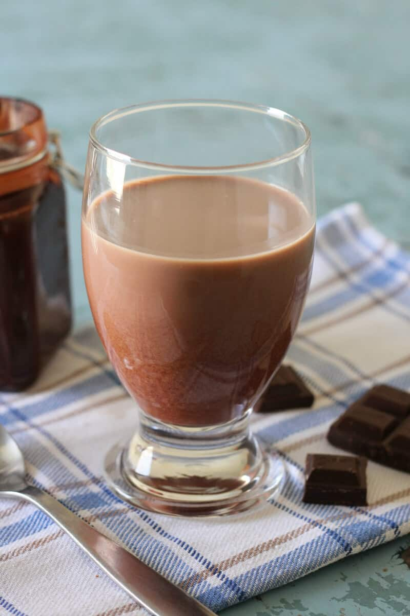 homemade natural chocolate milk syrup recipe