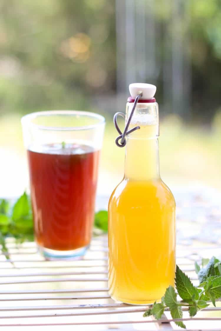 mint simple syrup made with honey