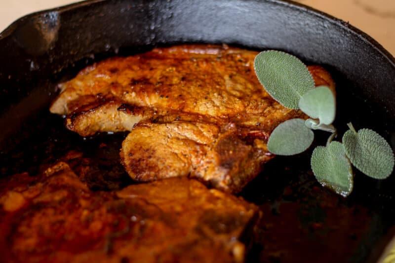 easy pan fried pork chops recipe