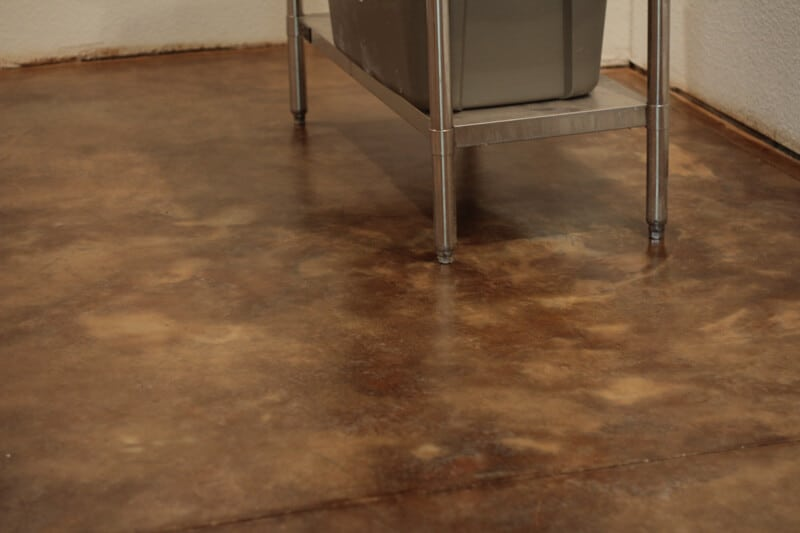 how to acid stain concrete floor