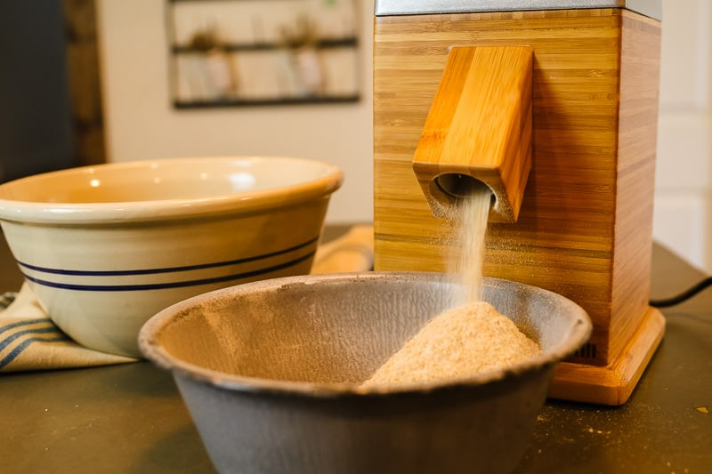 how to grind wheat berries into flour